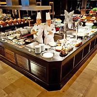 Vé Ăn Buffet Quốc Tế Tại Marriott Cafe Bangkok, Thái Lan - International Buffet Lunch (Thứ 2 Tới Thứ 7)