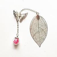 Bookmark kim loại mỏng cầu thủy tinh hồng