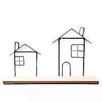 Giá gỗ treo tường kệ viền kệ kim loại hình ngôi nhà