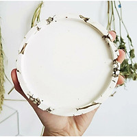 Đế đỡ nến hoa lavender khô, sản phẩm sáng tạo và thân thiện với môi trường