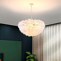 Đèn chùm CROWIT lông vũ cao cấp kiểu dáng độc đáo, sang trọng với 3 cế độ ánh sáng - kèm bóng LED chuyên dụng.