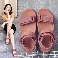 Sandal quai hậu hot trend