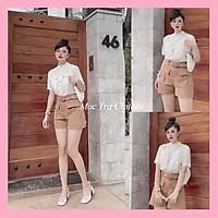 Set đồ nữ xinh gồm áo sơ mi trắng cổ trụ và quần short nâu kèm đai eo trẻ trung, set bộ trang phục nữ trẻ trung sang trọng