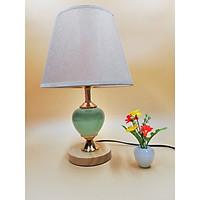 Đèn ngủ để bàn VKT T677 (25 x 39cm) ( tặng kèm bóng)