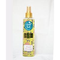 Xịt Nước Hoa Toàn Thân Fresh Feel Hương Hoa Blossom - Giúp loại bỏ mùi hôi khó chịu - Lưu lại hương thơm tười mát trên cơ thể - Chai 200ml