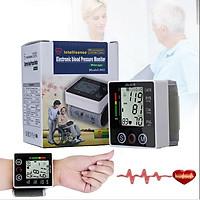 Máy đo huyết áp điện tử cổ tay dùng bằng pin siêu chuẩn xác