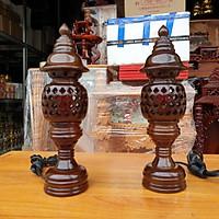 Cặp đèn thờ gỗ tràm bông vàng cao 23 cm