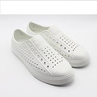 Giày lỗ đi mưa trắng