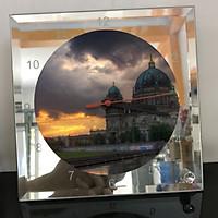 Đồng hồ thủy tinh vuông 20x20 in hình Berlin Cathedral - nhà thờ chính tòa Berlin (18) . Đồng hồ thủy tinh để bàn trang trí đẹp chủ đề tôn giáo