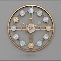 Đồng hồ treo tường trang trí phòng khách - Phong cách cổ điển
