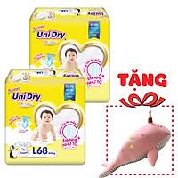 Combo 2 Tã Dán Unidry Super Gói Đại L68 (68 Miếng) - Tặng 1 Thú Bông Cá Heo (màu giao ngẫu nhiên)