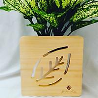 Đế lót nồi bằng gỗ hình chiếc lá