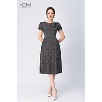 Đầm lụa hình tim AC&M dáng xè tùng dập ly - màu đen