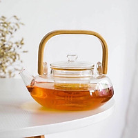 Ấm pha trà thủy tinh crystan chịu nhiệt có lõi lọc  dáng bẹt quai gỗ - ANTH456