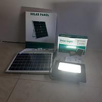 Đèn pha bảng hiệu năng lượng mặt trời solar lamp 100w