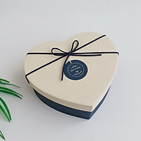 Hộp quà trái tim loại lớn 21x18x8.5 cm hộp xanh dương nắp trắng