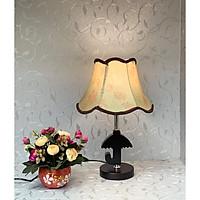 Đèn bàn gỗ hiện đại 0518