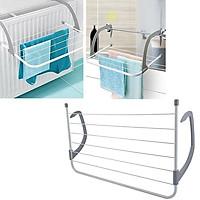 Gía phơi đồ treo ban công tiện dụng cho các căn nhà trung cư tiết kiệm diện tích, gọn nhẹ dễ sử dụng