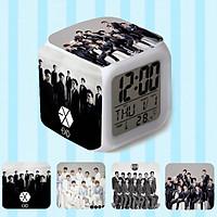 Đồng hồ báo thức để bàn 4 mặt in hình EXO có đèn led đổi màu