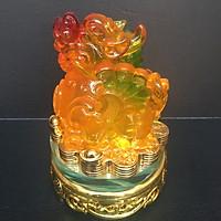 Tượng Tỳ Hưu phong thủy, chiêu tài lộc - đế thủy tinh xoay 360 độ - Mã não vàng