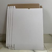 Bộ 4 hộp giấy quà tặng, chất liệu giấy carton cứng, đựng bảo vệ vật dụng quan trọng, đựng được giấy tờ A4, giấy tờ văn phòng gọn gàng, sạch sẽ