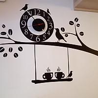 Đồng hồ treo tường kèm decal trang trí Chim cúc cu AmyShop DH01