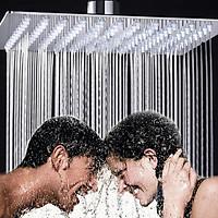 Đài sen tắm phun mưa vuông Sunzin BSC01 kích thước 20 x 20cm, chất liệu inox 304 không gỉ