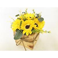 Chậu hoa hướng dương sáp sang trọng (chậu gỗ vuông, 7 bông), 15x15x20cm - Quà tặng trang trí handmade