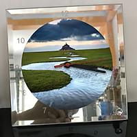 Đồng hồ thủy tinh vuông 20x20 in hình tu viện Mont Saint-Michel (7) . Đồng hồ thủy tinh để bàn trang trí đẹp chủ đề tôn giáo