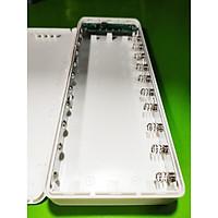 Box sạc dự phòng 10 cell có đèn LED và cổng sạc Type-C không pin màu trắng