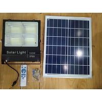 Đèn LED pha năng lượng mặt trời 100W dành sân vườn