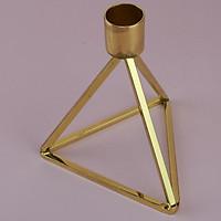 Chân nến hình tam giác hơp kim mạ vàng sang trọng