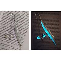 Bookmark dạ quang phát sáng