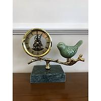 Đồng hồ để bàn Chất Liệu đồng và đá  mặt kính cao cấp - Đồng hồ để bàn cổ điển đẹp sang trọng kích thước  18 x 22 x 16cm để kệ tủ trang trí phòng khách nhà ở.