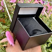 Hộp đựng đồng hồ bằng giấy cứng m2,gồm màu đỏ và màu đen,dùng để đựng đồng hồ hoặc trang sức hf4c
