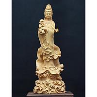 Tượng Quan Âm Tống Tử đứng ( Tống Tử Quan Âm- Quan Âm Bồng Em Bé đứng) - làm bằng Gỗ Hoàng Dương, cao khoảng 21.5cm
