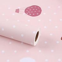 Giấy dán tường khinh khí cầu trái dâu tây có keo sẵn khổ rộng 45cm, giấy decal dán tường phòng ngủ cho bé