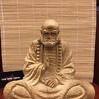 Tượng Đạt Ma Sư Tổ Ngồi Thiền Gỗ Bách Xanh Thơm Ngát