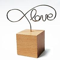 Kẹp xoắn chữ Love đế gỗ