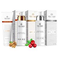 Bộ sản phẩm tắm trắng toàn diện Truesky VIP10 gồm 1 kem ủ trắng toàn thân 100ml & 1 kem body 100ml & 1 tẩy tế bào chết 100ml