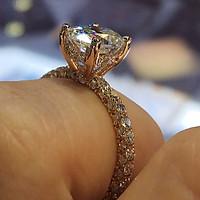 Nhẫn đính hôn hình tròn kim cương lấp lánh mạ vàng 14K QYP40086