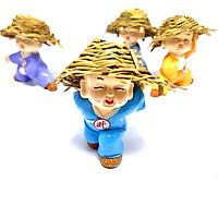 chú tiểu đội mũ rơm múa võ