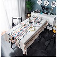 Khăn trải bàn trắng hoa văn cổ điển
