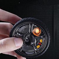 Hộp Quẹt Bật Lửa Spinner Hồng Ngoại Sạc Điện USB Kiểu Dáng Hình Bánh Xe Ô Tô Cao Cấp (Màu Ngẫu Nhiên)