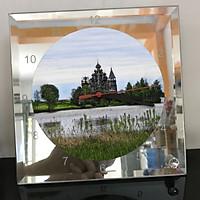 Đồng hồ thủy tinh vuông 20x20 in hình Church - nhà thờ (130) . Đồng hồ thủy tinh để bàn trang trí đẹp chủ đề tôn giáo