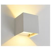 Đèn tường LED ARON kiểu dáng sang trọng, độc đáo.