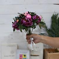Hoa giả bó hoa cầm tay cô dâu bông Trà nhị đen xinh xắn