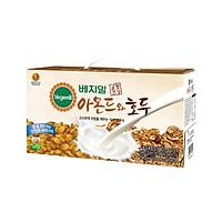 Sữa đậu nành óc chó hạnh nhân Vegemil Hàn Quốc xách 20 túi (190ml/Túi)