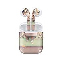 Miếng dán skin chống bẩn cho tai nghe AirPods in hình Heo con dễ thương - HEO2k19 - 100 (bản không dây 1 và 2)