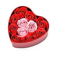 Hộp bông hồng trái tim sáp 11 bông màu ngẫu nhiên